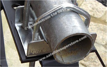 Galvanised clamp and thick galvanised steel pole.